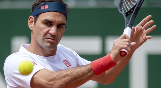 VIDEO Federer-Andujar 4-6, 6-4, 4-6: highlights e sintesi. Il Maestro sconfitto al ritorno in campo