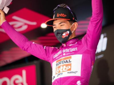 Giro d'Italia 2021: si ritira la maglia ciclamino Caleb Ewan