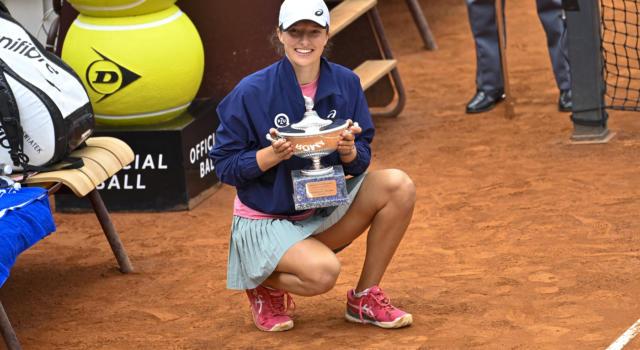 Tennis, Ranking WTA (17 maggio): Iga Swiatek entra in top ten. Barty leader, Camila Giorgi prima italiana