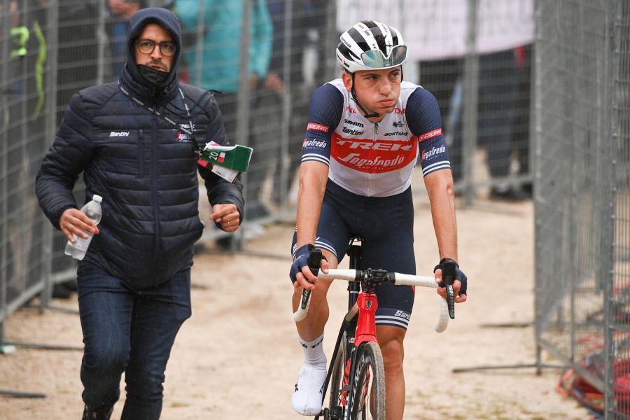 Giulio Ciccone riaccende la fiamma della speranza nel cuore del ciclismo italiano