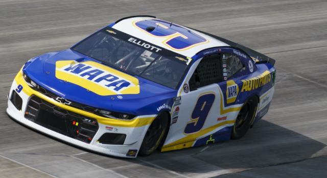 NASCAR, Chase Elliott ringrazia la pioggia e vince al COTA