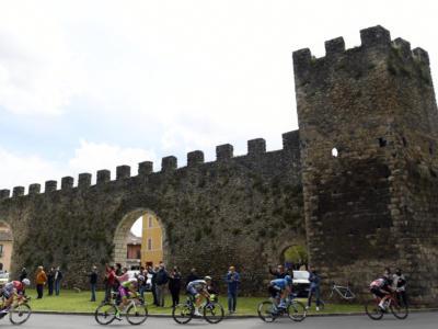 Classifica Vuelta a España 2021, 16ma tappa: Odd Christian Eiking resta in rosso, 22° Damiano Caruso