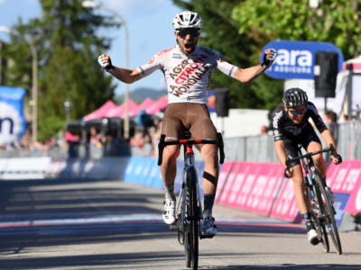 Giro d'Italia 2021, Andrea Vendrame vince a Bagno di Romagna. Ciccone e Nibali attaccano in coppia!