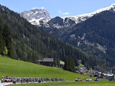 Giro d'Italia 2021, la tappa di domani Verbania-Valle Spluga/Alpe Motta: percorso, altimetria, programma, tv. L'ultimo appuntamento sulle Alpi