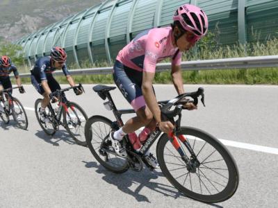 Vuelta a España 2021, domani arrivo in salita al Picon Blanco: montagna micidiale, Bernal e Carapaz attaccano Roglic?