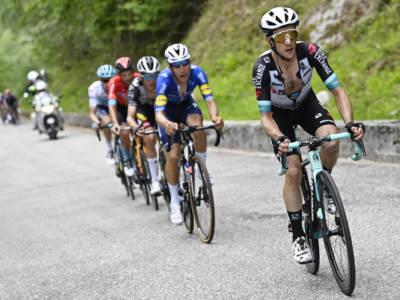Giro d'Italia 2021, le pagelle della diciannovesima tappa: Yates convince, Bernal limita i danni grazie a una Ineos monumentale
