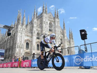 Giro d'Italia 2021, Filippo Ganna fora ma vince lo stesso! Bernal maglia rosa davanti a Damiano Caruso