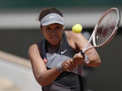 """Tennis, Naomi Osaka si ritira dal Roland Garros! """"Mi prendo un po' di tempo lontano dai campi"""""""