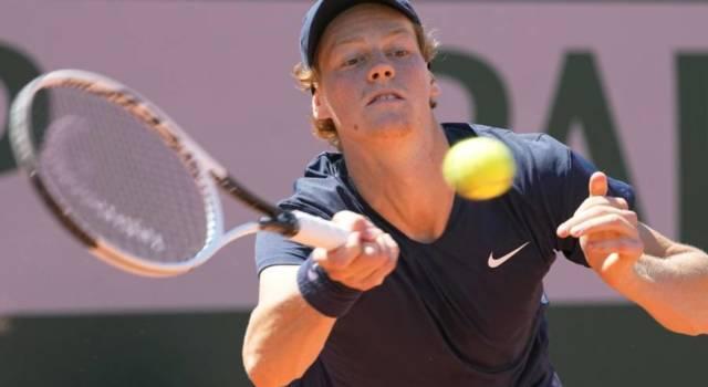 Roland Garros 2021, Jannik Sinner annulla un match-point e vince la battaglia con Herbert al quinto