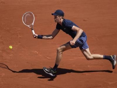 VIDEO Sinner-Herbert, Roland Garros 2021: highlights e sintesi. Vittoria in rimonta e match-point annullato