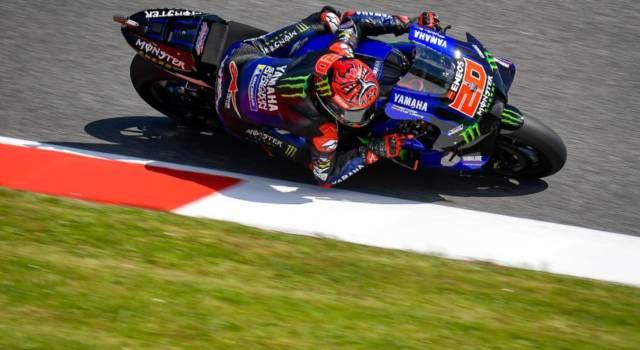 MotoGP, Fabio Quartararo in pole position al Mugello davanti a Bagnaia e Zarco. 10° Morbidelli, lontano Valentino Rossi