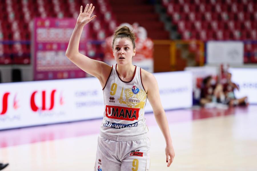 Basket femminile, la Reyer Venezia surclassa Schio in gara 5 e si laurea Campione d'Italia