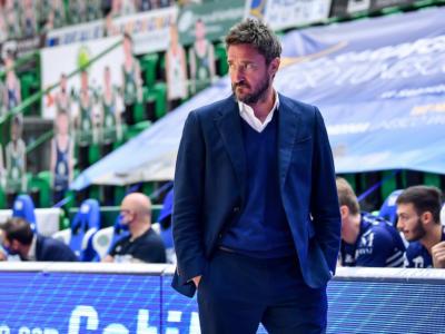 Basket: Gianmarco Pozzecco sospeso per 10 giorni dalla Dinamo Sassari. Motivi disciplinari alla base del provvedimento