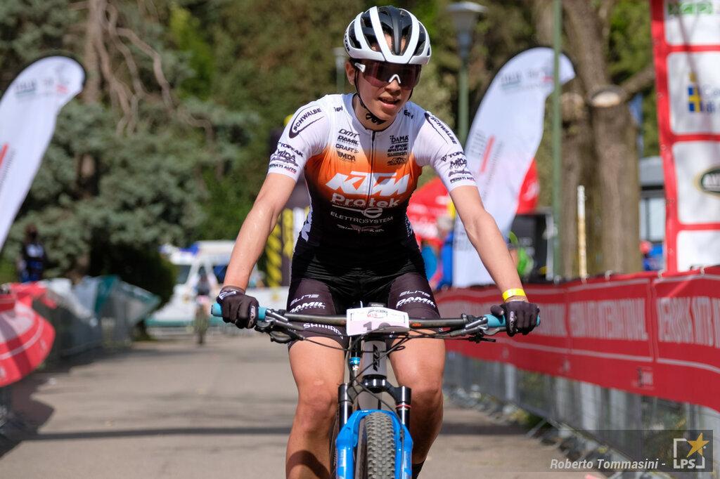 Mountain bike: podio per Simone Avondetto ad Albtstad tra gli under23 nella prima gara stagionale