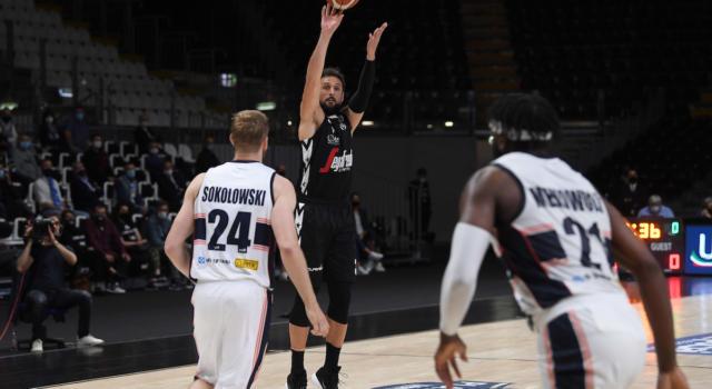 LIVE Treviso-Virtus Bologna 100-105, Serie A basket in DIRETTA: gli emiliani vincono gara-3 all'overtime e volano in semifinale!
