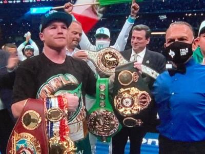 "Boxe, Canelo Alvarez: ""Caleb Plant? Sto arrivando, amico mio"""