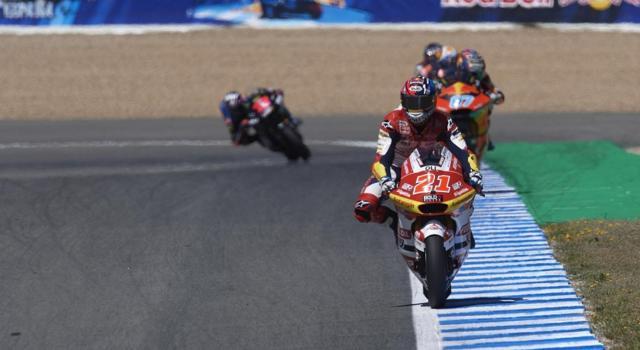 Moto2, GP Francia 2021: Canet primeggia in FP1, Di Giannantonio 4°, Bezzecchi cade nel giro buono