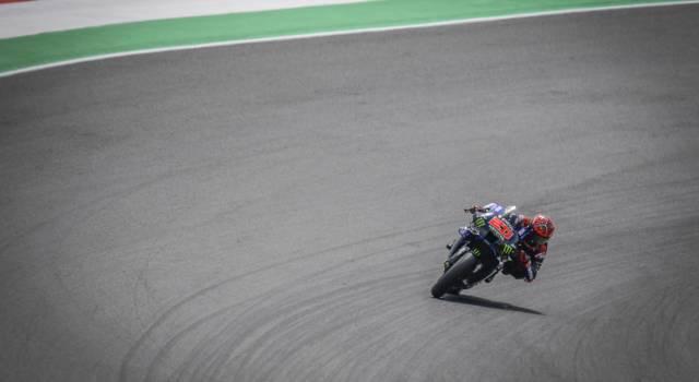"""MotoGP, Fabio Quartararo: """"Una vittoria che non posso festeggiare, ogni volta che passavo in curva 9 pensavo a Jason"""""""