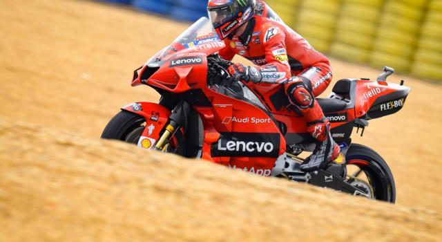 MotoGP, avvio in salita per Francesco Bagnaia. La pioggia potrebbe costringerlo alla Q1 a Le Mans