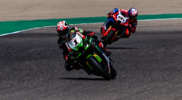 Superbike oggi, GP Gran Bretagna: orari superpole e gara-1, tv, programma, streaming Sky e TV8