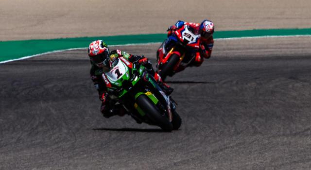 LIVE Superbike, GP Portogallo 2021 in DIRETTA: Scott Redding vince gara-1 su Razgatlioglu e Rea!