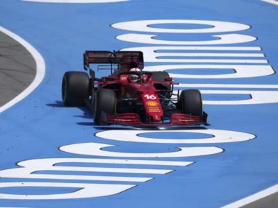 F1, GP Spagna: risultati e classifica FP3. Le Ferrari tallonano Verstappen e Hamilton! 3° Leclerc!