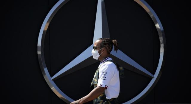 """F1, Gp Spagna 2021: è Lewis Hamilton il """"Driver of the Day"""" dei tifosi"""