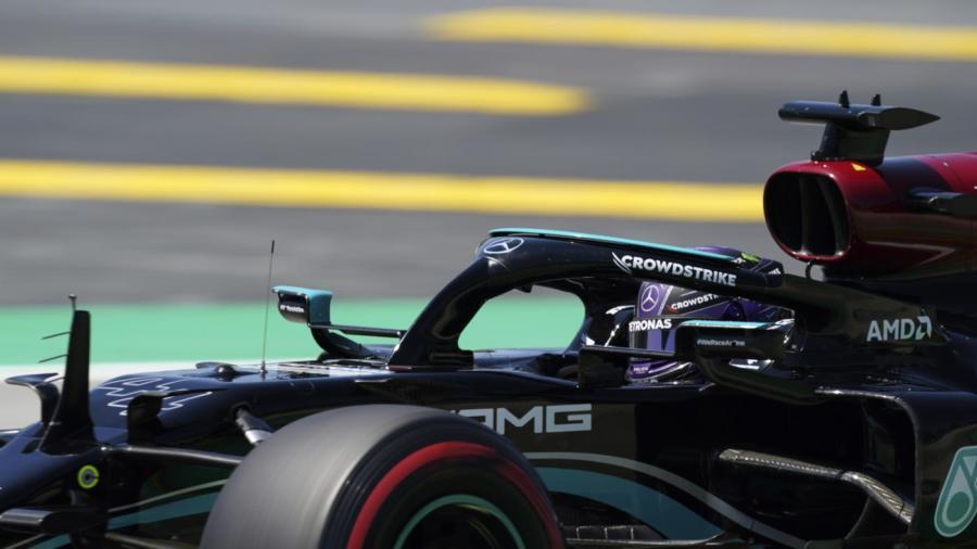 """VIDEO F1, GP Spagna 2021: gli highlights delle qualifiche del Montmelò, con Lewis Hamilton """"centenario"""""""