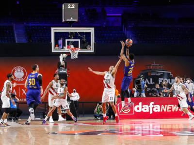 Basket: Higgins spezza il sogno Olimpia Milano. Barcellona in finale di Eurolega