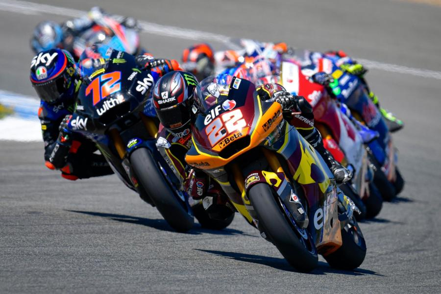 LIVE Moto2, GP Francia in DIRETTA: tutto pronto per la FP3, la pista bagnata blinda la top14 di ieri?
