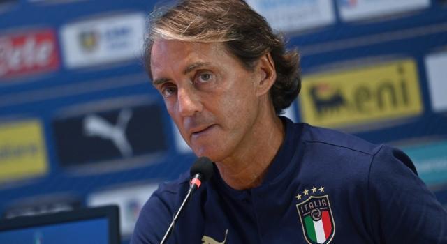 Europei calcio 2021, i convocati dell'Italia per l'ultimo ritiro: Mancini deve fare 2 tagli. Assente Kean