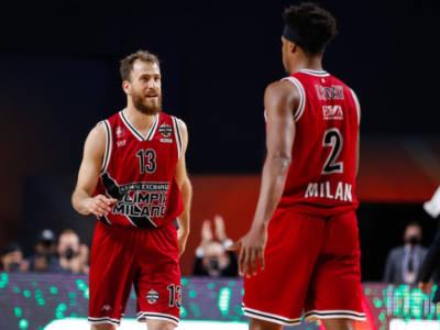 Basket, Playoff Serie A 2021: L'Olimpia Milano vince a Venezia e vola in finale