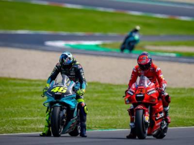 MotoGP, Francesco Bagnaia e l'eredità di Valentino Rossi. L'Italia ha bisogno di un personaggio