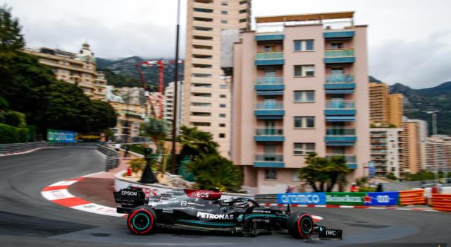 """F1, Valtteri Bottas: """"Un ritiro amarissimo, non mi era mai successa una cosa simile! Peccato, avevo il podio in tasca"""""""