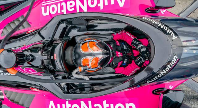 Helio Castroneves vince la 500 Miglia di Indianapolis per la quarta volta ed entra nella storia!