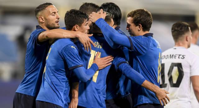 Calcio, i convocati dell'Italia per gli Europei. Mancini taglia Mancini, Pessina e Politano. Novità Raspadori
