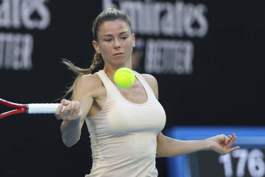 WTA Eastbourne, Camila Giorgi è in semifinale! Battuta Aryna Sabalenka in tre set