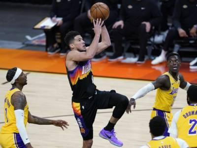 Playoff NBA 2021, i risultati della notte (4 giugno): Booker vola, Lakers fuori! Jokic non si ferma, i Nuggets passano
