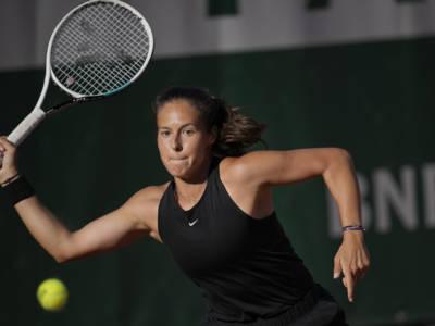 WTA Birmingham 2021, risultati 17 giugno: vincono Kasatkina e Jabeur, fuori Ostapenko e Mladenovic