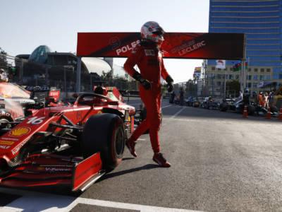 F1, GP Azerbaijan 2021: penalità a Norris, nuova griglia di partenza. Cosa cambia? Leclerc in pole position