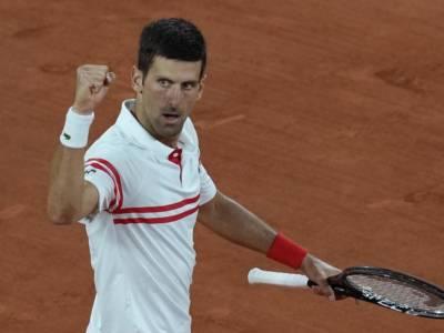 Roland Garros 2021, Novak Djokovic gigantesco! Sconfigge l'invincibile Nadal sul rosso ed è in finale!