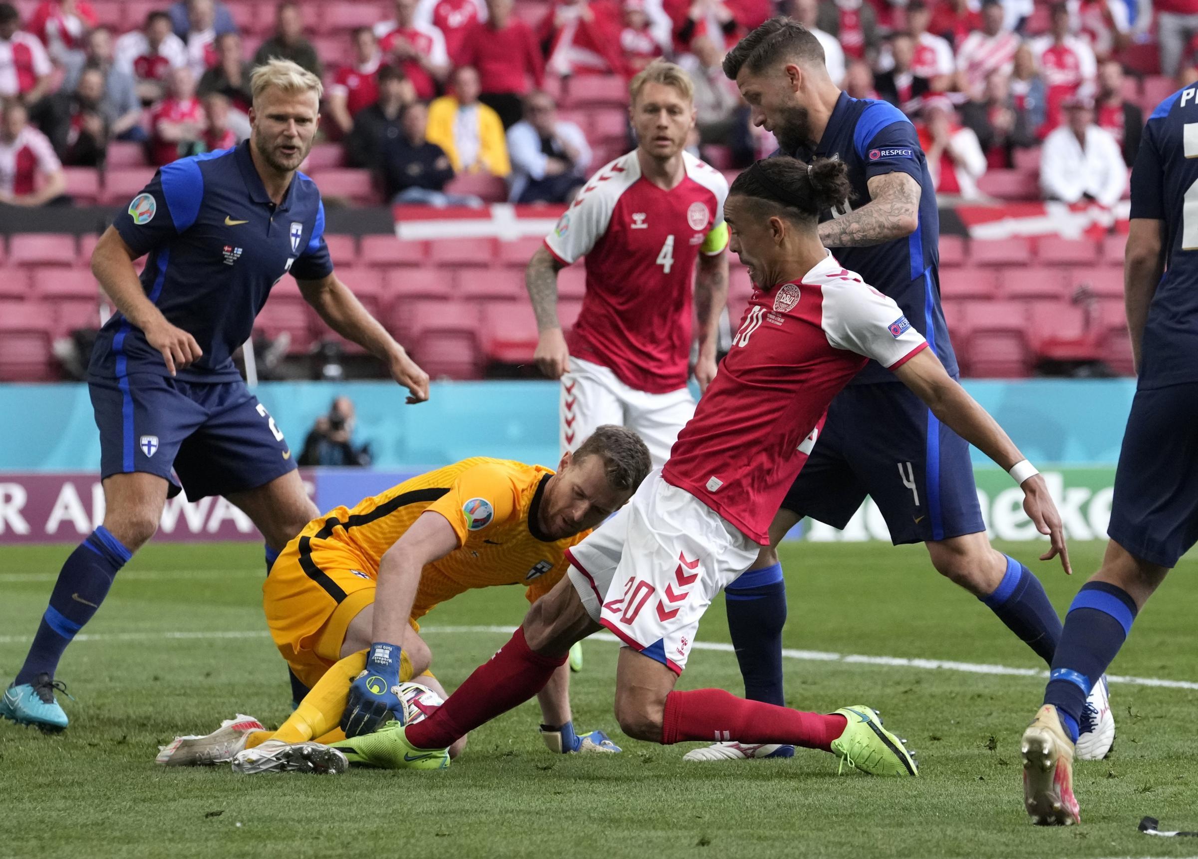 LIVE Danimarca Finlandia, Europei calcio 2021 in DIRETTA: Eriksen è cosciente dopo esser caduto da solo