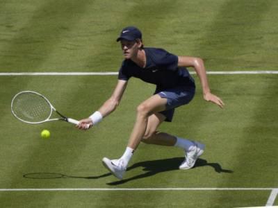 LIVE Sinner-Fucsovics 7-5 3-6 5-7 3-6, Wimbledon 2021 in DIRETTA: l'azzurro è altalenante e perde contro l'esperienza del magiaro!