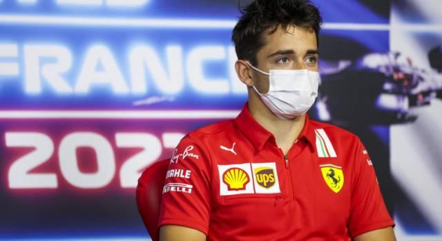 """F1, Charles Leclerc: """"Mangiamo le gomme, io ho provato di tutto. Miglioramenti? L'anno prossimo"""""""