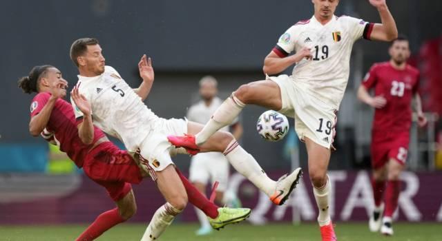 VIDEO Belgio-Danimarca 2-1, highlights, gol e sintesi Europei: Hazard e De Bruyne ribaltano Poulsen