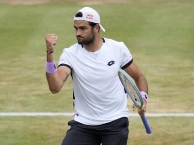 LIVE Berrettini-Pella 6-4 3-6 6-4 6-0, Wimbledon 2021 in DIRETTA: l'azzurro comincia a rilento poi domina e vola al 2° turno!