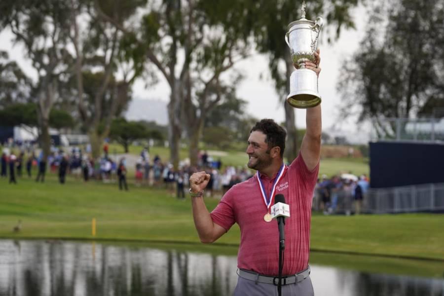 """US Open 2021 golf, Jon Rahm: """"Sulla 18 ho colpito e ho capito che era dentro"""". Guido Migliozzi: """"Le parole non descrivono la settimana"""""""