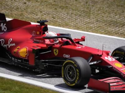 F1, il dress-code per il GP in Arabia Saudita: niente canotte e pantaloncini corti
