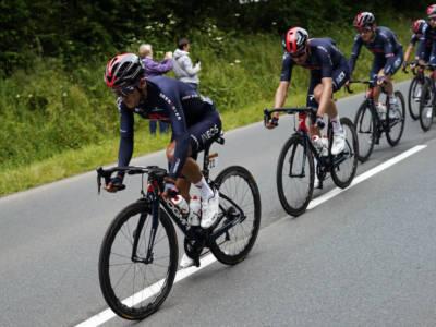 Tour de France 2021, Ineos falcidiata dalle cadute. Richard Carapaz diventa il primo capitano?
