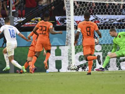 VIDEO Repubblica Ceca-Olanda 2-0 dts: highlights e sintesi Europei 2021. Decisivi Holes e Schick